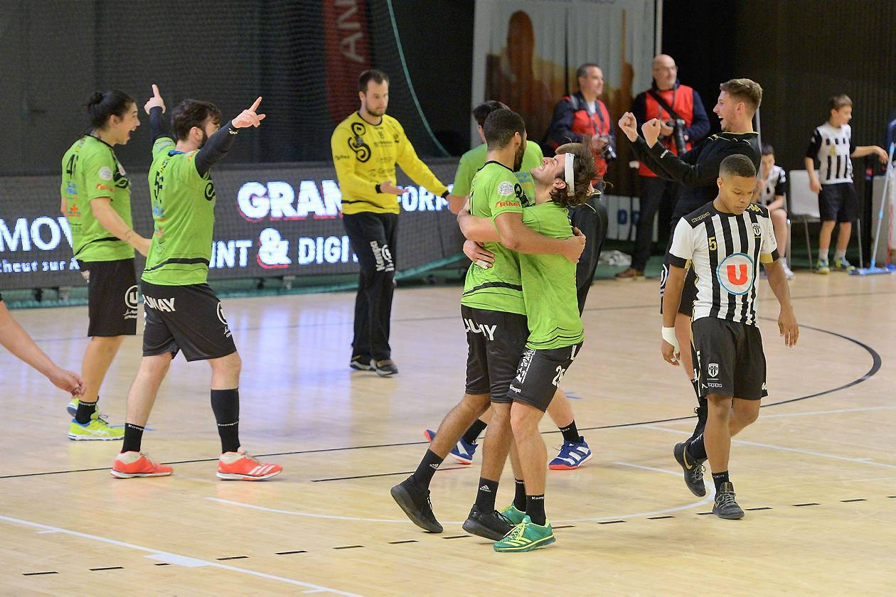 Discipline :Handball Date :25-11-2018 Division : Club : Angers SCO handRencontre : Angers SCO hand - RennesNom : joueur n°